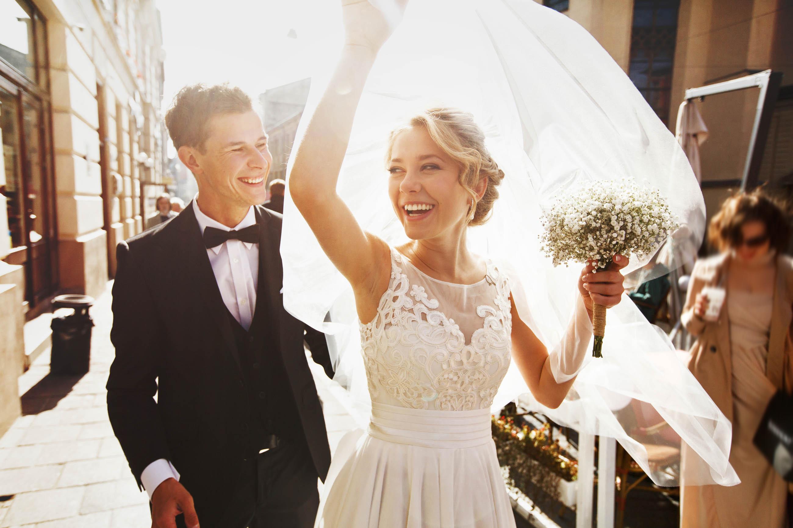 Partecipazioni matrimonio on line: 5 motivi per cui acquistarle sul web