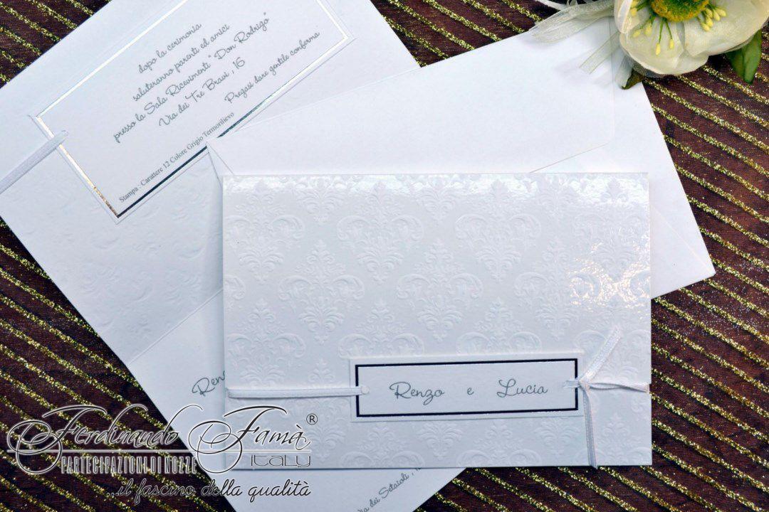 Partecipazione matrimonio rettangolare con decori a caldo e talloncino con nomi sposi 96008