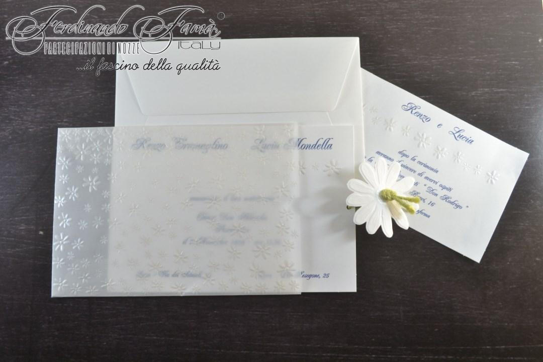 Partecipazione di nozze rettangolare con esterno lucido e fiori a caldo 96355