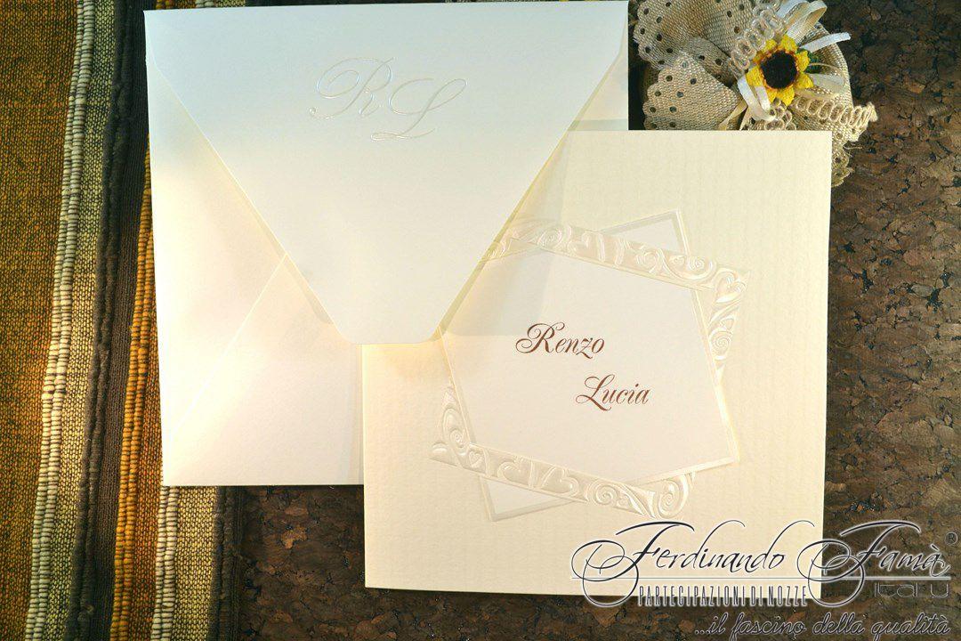 Partecipazione Matrimonio su cartoncino quadrato bianco e avorio 110634