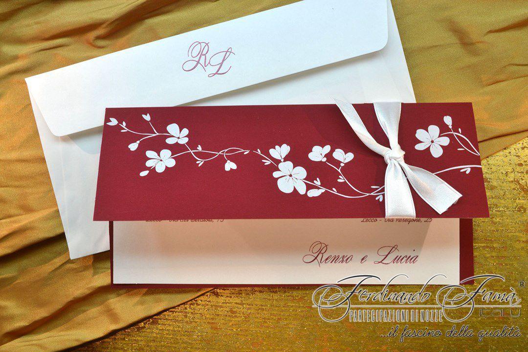 Biglietto Partecipazioni Matrimonio.Partecipazione Matrimonio Su Cartoncino Rosso Con Biglietto