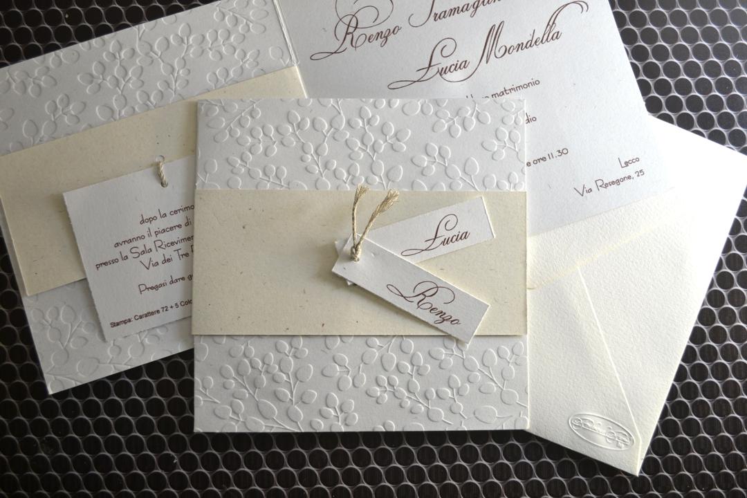 Cartoncino Per Partecipazioni Matrimonio.Partecipazione Per Gli Sposi Cartoncino Ecru Con Foglie A Secco F1493