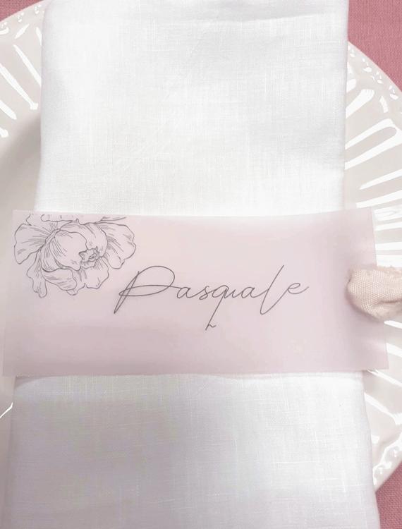 Segnaposto matrimonio nome invitato su carta trasparente con nastro