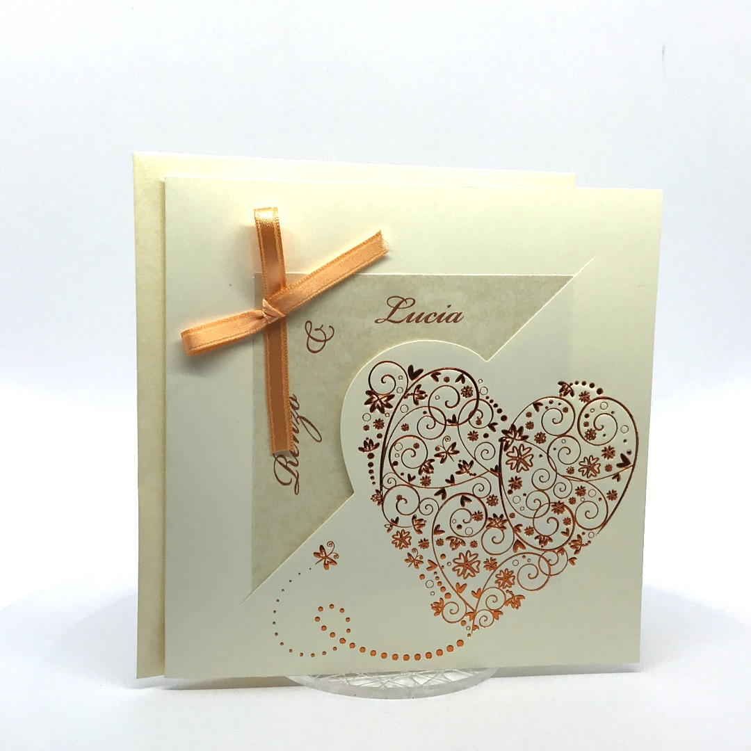 Partecipazione Matrimonio su cartoncino avorio quadrato con fiocchetto arancio F1196